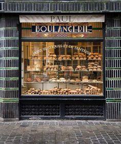 La boulangerie de Paul   via Instagram http://ift.tt/21k6yr4