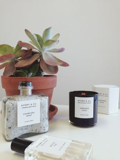 Relax, Refresh, & Revive🔮 🌸  Obsessing over these sophisticated minimal, organic goods 😍  #atDawnoahu #honoluluboutiques #hawaii #ハワイ#alamoana #wickcandle #mineralbathsoak #roomspray