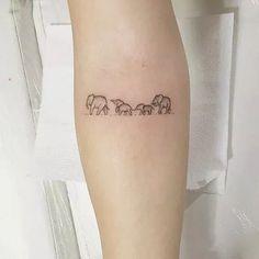 Tiny Tattoo Ideas for Major Inspiration - Elephant family tattoo! … Tiny Tattoo Ideas for Major Inspiration - Elephant family tattoo! Mini Tattoos, Trendy Tattoos, New Tattoos, Small Tattoos, Tattoos For Guys, Tatoos, Flower Tattoos, Word Tattoos, Turtle Tattoos