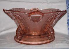 Pink glass bowl by Brockwitz pattern 9079 Pressed Glass, Vintage Glassware, Dresden, Depressed, Vintage Pink, German, Art Deco, Pattern, Deutsch