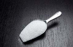 11 Weird Things Sugar's Doing to Your Body