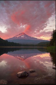 Mount Hood, Oregon at Trillium Lake  Gary Randall Photography