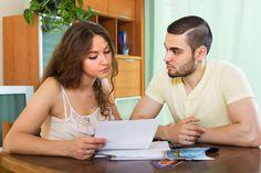 Financie v manželstve Aj keď sú peniaze jednou znajviac diskutovaných spoločenských tém, vpartnerskom vzťahu sa jej vyhýbame. Veľa dvojíc pred vstupom do manželstva