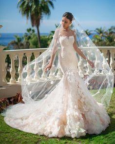 Trumpet wedding dress #weddingdress #weddingdresses