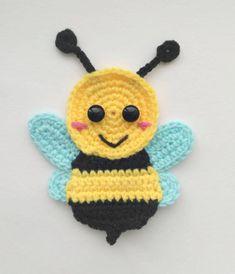Motifs D'appliques, Crochet Motifs, Crochet Flower Patterns, Applique Patterns, Baby Knitting Patterns, Crochet Flowers, Crochet Appliques, Crochet Bee Applique, Baby Applique
