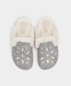 9e43ff84ecf2f 41 Best Slippers images