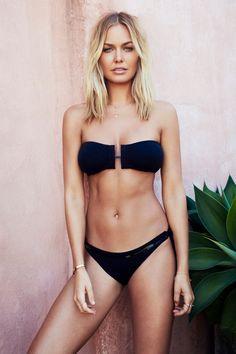 Lara Bingle: Blonde Beach Look The Bikini, Bikini Girls, Black Bikini, Body Inspiration, Fitness Inspiration, Workout Inspiration, Blonde Beach, Lara Bingle, Lara Worthington