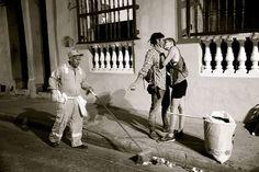 100 World Kisses