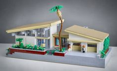 Dwell Announces Five Finalists for their Mid-Century Modern LEGO Design Contest! Read more: Dwell Announces Five Finalists for LEGO Mid-Century Modern Contest! Lego Design, Lego Beach, Casa Lego, Dwell On Design, Lego Modular, Cool Lego Creations, Lego Architecture, Lego Projects, Design Competitions