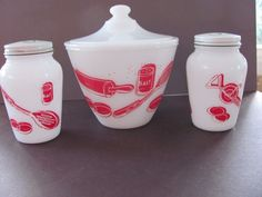 Art Deco Kitchen, Glass Spice Jars, Anchor Hocking, Cookie Jars, Grease, Salt And Pepper, Thrifting, Pottery, Fire