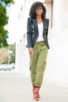 Blazer + V-Neck Tee + Relaxed Cargo Pants (Style Pantry) Olive Pants Outfit, Cargo Pants Outfit, Casual Outfits, Fashion Outfits, Womens Fashion, Style Pantry, Elegant Outfit, Preppy Style, Work Fashion