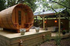 'Saunabarrel by Modis' in de Belgische Ardennen. www.saunabarrel.be - info@saunabarrel.be