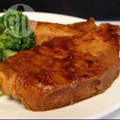 Peking Pork Chops Recipe - pork with brown sugar ketchup and soy sauce like Linda made? Grilled Pork Chops, Baked Pork Chops, Pork Roast, Bbq Pork, Pork Loin, Slow Cooker Recipes, Crockpot Recipes, Cooking Recipes, Cooking Kale