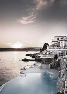 Hotel du Cap-Eden-Roc, perched right on the tip of the Cap d'Antibes.