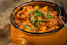 Moroccan beef stew - The answer is food - October 31 is Halloween again. I& not really into the Halloween recipes in the form of mummie - Moroccan Beef Stew, Family Meals, Kids Meals, Slow Cooker Recipes, Cooking Recipes, Vegan Junk Food, Vegetarian Recipes, Healthy Recipes, Vegan Kitchen