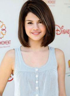 Selena-Gomez-Bob-Haircuts-for-Teen-Girls-520x711