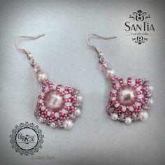 Ružovo-bielo-sivé náušnice :http://santiahandmade.com/produkt/ruzovo-bielo-sive-nausnice-2/