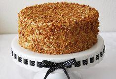 Nougat cake with chocolate icing Sweet Recipes, Cake Recipes, Dessert Recipes, Sweets Cake, Cupcake Cakes, Cake Cookies, Nougat Cake, Greek Sweets, Ice Cake