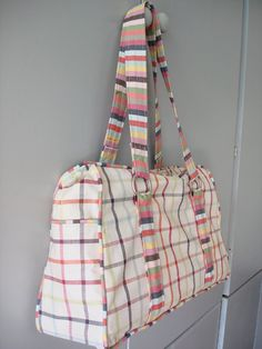 The bag with the stripes. Mooi