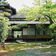 Japanese house of summer coolness likely #涼しそうな夏の日本家屋 Japanese Home Design, Japanese Style House, Traditional Japanese House, Japanese Interior, Japanese Mansion, Architecture Du Japon, Pavilion Architecture, Sustainable Architecture, Residential Architecture