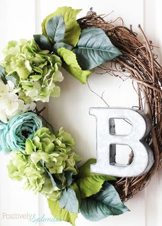DIY Floral Spring Wreath at Positively Splendid Michaels Makers Springtime in Paris #MichaelsMakers