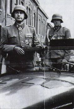 Belgium! SS - Obersturmbannführer Leon Degrelle with his aides.