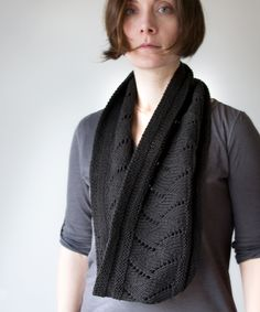 Long enough to loop around your neck twice. Basic lace zigzags through the center, forming an intriguing flame pattern.