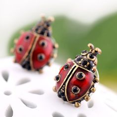 Pair of Ladybug Shape Stud Earrings - AS THE PICTURE
