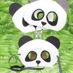 Paper Plate Panda Bear mask for kids! Paper Plate Panda Bear mask for kids! Panda Party, Panda Birthday Party, Panda Themed Party, Panda Bear Crafts, Panda Craft, Paper Plate Masks, Paper Plate Crafts, Paper Plates, Kids Crafts