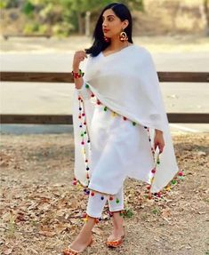 Indian lehenga salwar suit lehenga choli indian suit women crop top & lehenga saree blouse indian cl - All About White Punjabi Suits, White Salwar Suit, White Suits, Indian Suits, Punjabi Salwar Suits, Women Salwar Suit, Indian Wear, Dress Indian Style, Indian Blouse