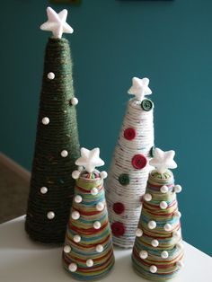 35 Adorable Christmas Craft Ideas That Bring The Holiday Spirit Into Your House Cone Christmas Trees, Unique Christmas Trees, Christmas Tree Crafts, Homemade Christmas, Rustic Christmas, Christmas Projects, Holiday Crafts, Christmas Holidays, Christmas Decorations