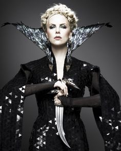 Snow White and the Huntsman (2012) - Ravenna (Charlize Theron)