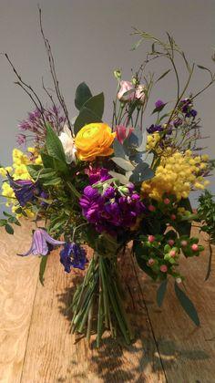colourful Spring bouquet Spring Bouquet, Spring Flowers, Floral Wreath, Wreaths, Plants, Garden, Color, Home Decor, Garlands