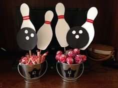 Bowling party centerpieces
