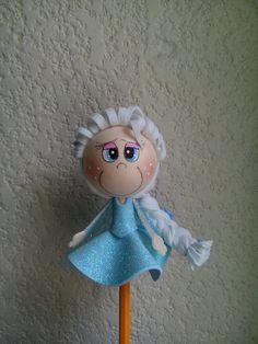 fofulapiz Elsa Frozen Diy Crafts For Gifts, Foam Crafts, Arts And Crafts, Paper Crafts, Frozen Birthday, Frozen Party, Elsa Frozen, Moldes Para Baby Shower, Christmas Hair Bows