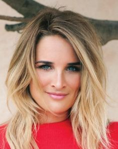 Half-length blonde hairstyles 2018 - Trend Hair Styles for 2019 Blonde Hairstyles 2018, Blonde Haircuts, Cool Hairstyles, Natural Hair Updo, Natural Hair Styles, Short Hair Cuts, Short Hair Styles, Assymetrical Hair, Dyed Hair Ombre