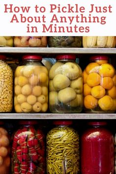 Pickle just about anything in minutes - Preserve and increase the lifespan of your food by learning to pickle just about anything in minutes with one simple trick! Garlic Dill Pickles, How To Make Pickles, Canning Pickles, Home Canning, Canning Labels, Canning Tips, Canning Recipes, Pickeling Recipes, Jelly Recipes