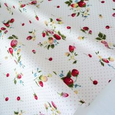 FQ Strawberry Bouquet Ivory White Pink Dots Cotton Fabric Patchwork   eBay