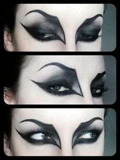 Halloween wants to look GREAT with your vampire fangs ! – Halloween Make Up Ideas Yeux Halloween, Halloween Bats, Halloween Face Makeup, Gothic Halloween Costumes, Witch Costumes, Halloween Ideas, Kids Witch Makeup, Terrifying Halloween, Halloween Clothes