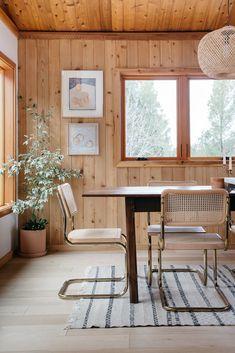 art on walls of modern malibu hills home dining room. / sfgirlbybay