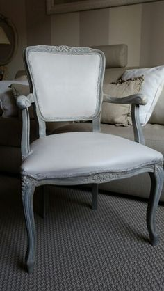 French chair makeover DIY Chalk paint Annie sloan