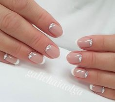 60 Stunning minimal French Nail Art designs that are stylish yet sophisticated - Hello my page Shellac Nails, Nude Nails, My Nails, Nail Polish, French Nail Art, French Tip Nails, Bridal Nails, Wedding Nails, Classic Nails