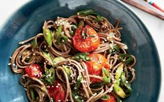 Soba Noodles with Miso-Roasted Tomatoes Recipe Sushi Roll Recipes, Vegetarian Recipes, Healthy Recipes, Asian Recipes, Ethnic Recipes, Soba Noodles, Dinner Sides, Roasted Tomatoes, Everyday Food