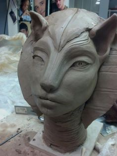 Cat Queen. Clay.