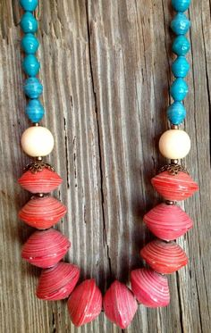Coral & turquoise Ugandan paper bead necklace by FunkyFishJewelry Paper Bead Jewelry, Fabric Jewelry, Beaded Jewelry, Beaded Necklace, Necklaces, Quilling Earrings, Quilling Jewelry, Paper Earrings, Paper Beads Template