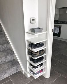 Secrets To Storage Ideas For Small Spaces Bedroom Diy Shelves 59 - freehomei. - Cleaning Hacks - 30 Secrets To Storage Ideas For Small Spaces Bedroom Diy Shelves 59 freehomei - Simple Apartment Decor, Diy Home Decor For Apartments, Diy Home Decor Projects, Apartment Entryway, Apartment Ideas, Bedroom Apartment, Apartment Design, Home Decor Ideas, Small Apartment Hacks
