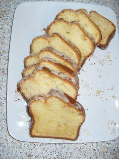 Saftiger Joghurt-Rührkuchen