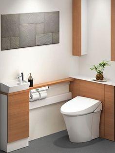 便器を交換するだけで、キャビネットと手洗いが設置できるリフォーム用のトイレセット(リフォレ/LIXIL)