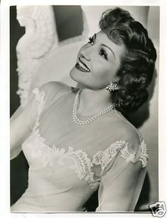 Claudette Colbert...one of my very favorite actresses:)