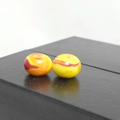Bobs Flame Beads handmade lampwork earring pair orange yellow swirly 2 #BobsFlameBeads #Lampwork